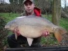Matt Allen 32lbs 6oz Mirror Carp from Rookley Country Park using Carp company fruity nectar/pineapple pop up.. Garfield
