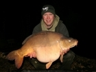 Matt Collins 31lbs 8oz Mirror Carp, Bankside Tackle's 20mm D-Liver.. For more info: www.frenchcarpandcats.com