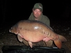Lee Bundock 37lbs 7oz mirror carp-Charlie Big Spuds, TB FEEDS.