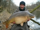 41lbs 0oz Mirror Carp from Sweet Chestnut Lake. After returning a 29lb Mirror, I  threw in some more sweetcorn and went back to the house for 20 minutes to rest the swim. On my return I presented a
