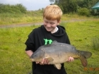 Dean Jones 13lbs 0oz Mirror Carp, dynamite green lipped mussel.. my pb :)