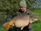 Mark Woolley 26lbs 6oz Mirror Carp from Great Linford Lakes Pines. Article -(Goo- out for a few hours) http://www.threecarpers.com/cgi-bin/download.cgi