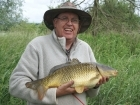 Clive Wells 8lbs 1oz Common Carp from Kingfisher Lakes. Caught with multi red maggots