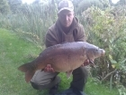 Raymond Oultram 22lbs 2oz Mirror Carp. Fishing to the Island