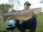 Juandita Punales Sanchez 26lbs 2oz (Comizo). comizo fishing guide in Spain. www.barbelextremadura.com facebook: barbel extremadura.