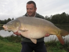 Jon Perkins 40lbs 7oz Carp from Les Croix
