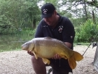 Essex Carp Baits 24lbs 12oz Mirror Carp from Etangs De Breton using Essex Carp Baits C.I.A Chocolate Intense Amino.
