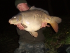 31lbs 8oz Mirror Carp from Rookley Country Park using carp company ice red.