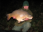 John Morley 25lbs 0oz Mirror Carp from Rookley Country Park using carp company.. winter