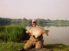 Royston Butwell 18lbs 0oz carp from Great Linford Lakes. 2 fatties !