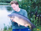 18lbs 6oz Mirror Carp from Kingsbury Water Park using Nutrabaits Big Fish Mix with Black Pepper and Caviar.. 11 fish off point in the weed - topped by this big double. I was fishing PVA bags of trout